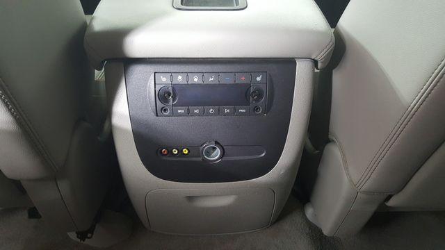 2011 GMC Yukon SLT in Carrollton, TX 75006