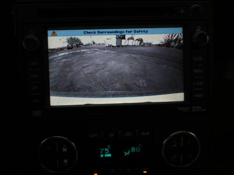 2011 GMC Yukon Denali DENALI  in Maryville, TN