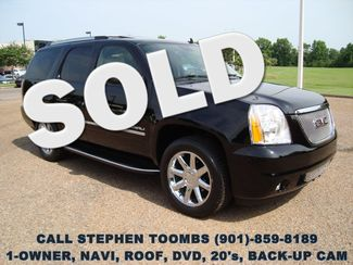 2011 GMC Yukon Denali 1-OWNER, NAVI, ROOF, DVD, 20's, BACK-UP CAM in  Tennessee
