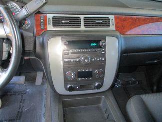 2011 GMC Yukon SLE Farmington, MN 5