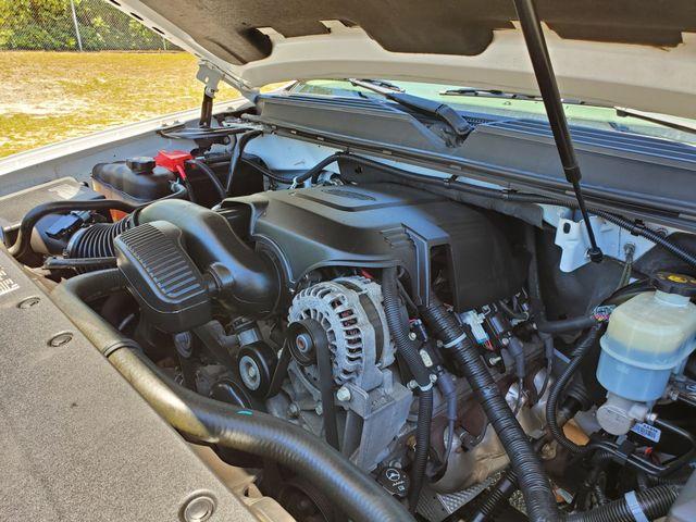 2011 GMC Yukon SLT in Hope Mills, NC 28348