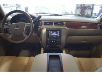 2011 GMC Yukon SLT  city Texas  Vista Cars and Trucks  in Houston, Texas