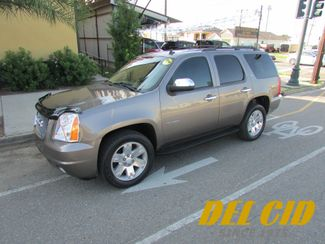 2011 GMC Yukon SLT, Low Miles! Leahter! 3rd Row! Clean CarFax! in New Orleans Louisiana, 70119
