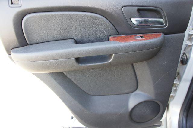 2011 GMC Yukon SLT in San Antonio, TX 78233