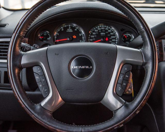 2011 GMC Yukon XL Denali Burbank, CA 14