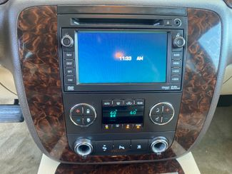 2011 GMC Yukon XL Denali Farmington, MN 9
