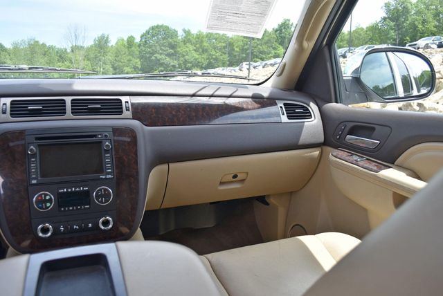 2011 GMC Yukon XL Denali Naugatuck, Connecticut 18