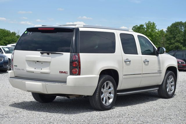 2011 GMC Yukon XL Denali Naugatuck, Connecticut 4