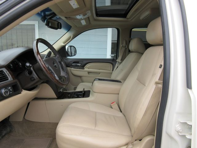 2011 GMC Yukon XL Denali south houston, TX 6