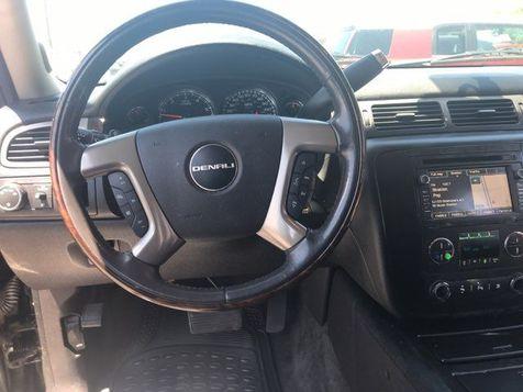 2011 GMC Yukon XL 1500 Denali   Oklahoma City, OK   Norris Auto Sales (NW 39th) in Oklahoma City, OK