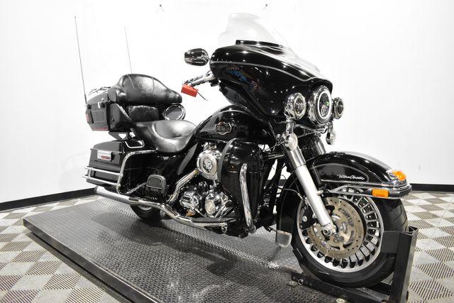 2011 Harley-Davidson FLHTCU - Electra Glide® Ultra Classic®