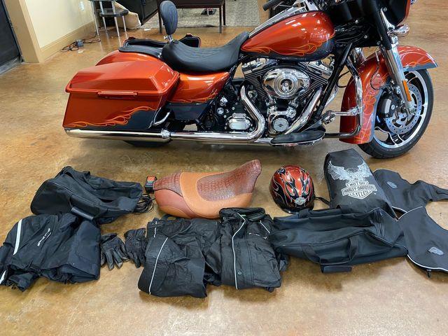 2011 Harley Davidson FLHX Street Glide in Austin, Texas 78726