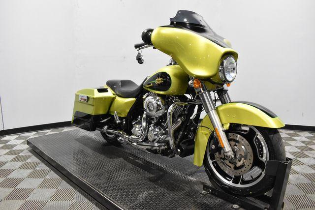 2011 Harley-Davidson® FLHX - Street Glide