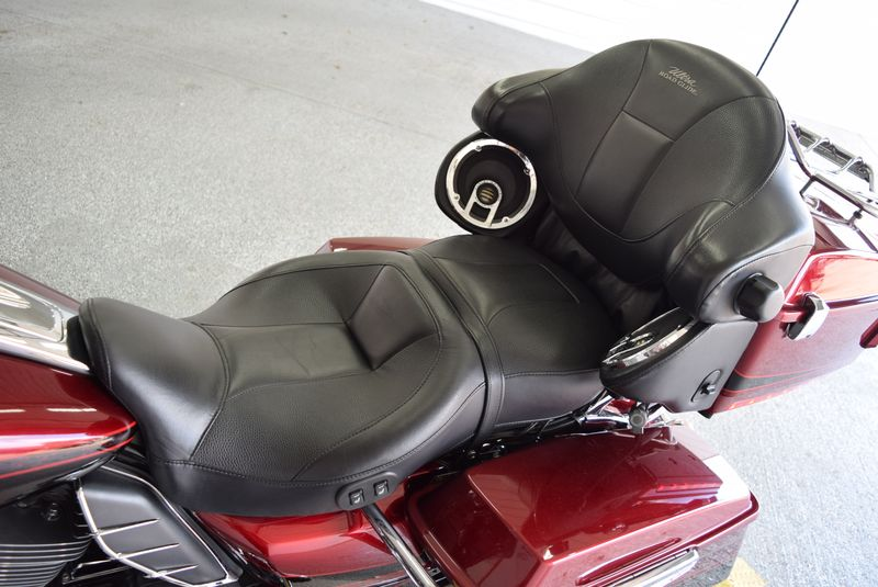 2011 Harley-Davidson Road Glide CVO Ultra   city TX  Hoppers Cycles  in , TX