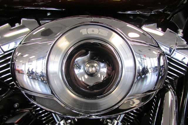 2011 Harley-Davidson Road King® Classic Arlington, Texas 21