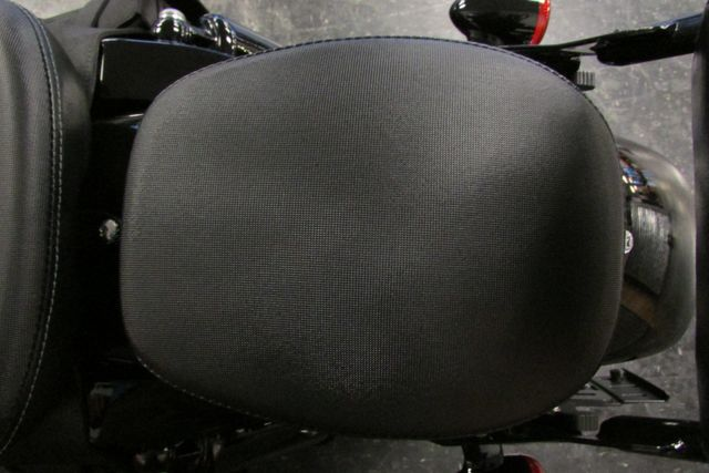 2011 Harley-Davidson Sportster® Forty-Eight™ Arlington, Texas 30