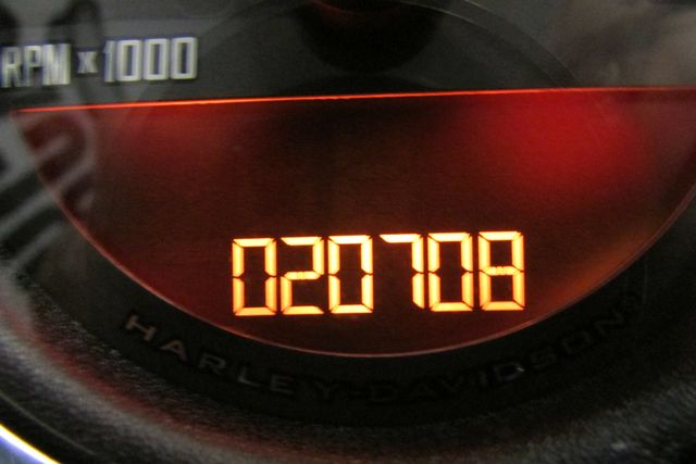 2011 Harley-Davidson Sportster® Forty-Eight™ Arlington, Texas 36