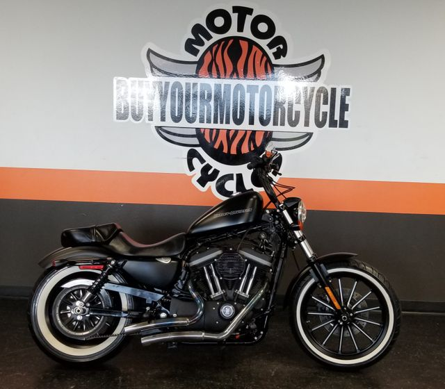 2011 Harley-Davidson Sportster® Iron 883™