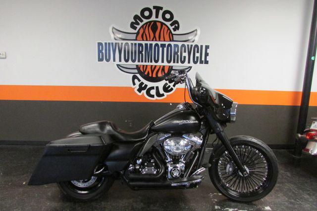 2011 Harley - Davidson Street Glide in Arlington, Texas 76010