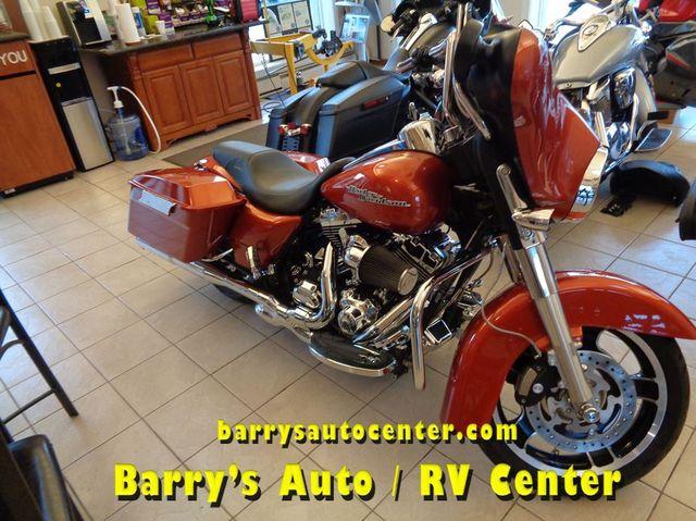 2011 Harley-Davidson Street Glide™ Base