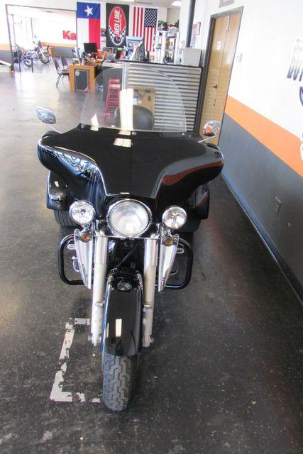 2011 Harley-Davidson Trike Street Glide® Arlington, Texas 4