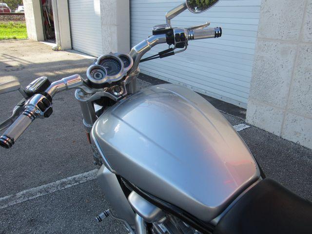 2011 Harley Davidson VRSC V Rod Muscle in Dania Beach , Florida 33004