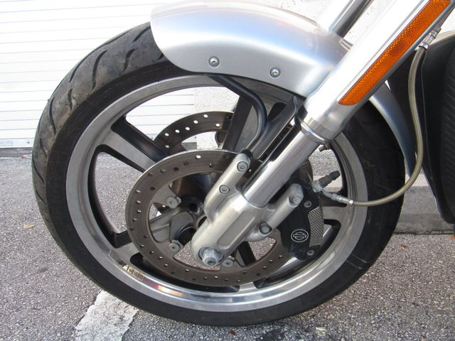 2011 Harley Davidson VRSC V Rod Muscle Lease 0 Down $234 per month for 48 Mos in Dania Beach , Florida 33004