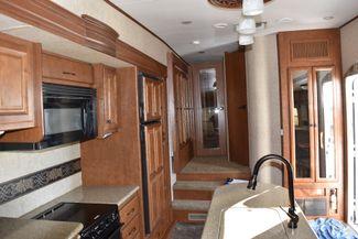 2011 Heartland BIG HORN M-3185RL-35' Ogden, UT 17