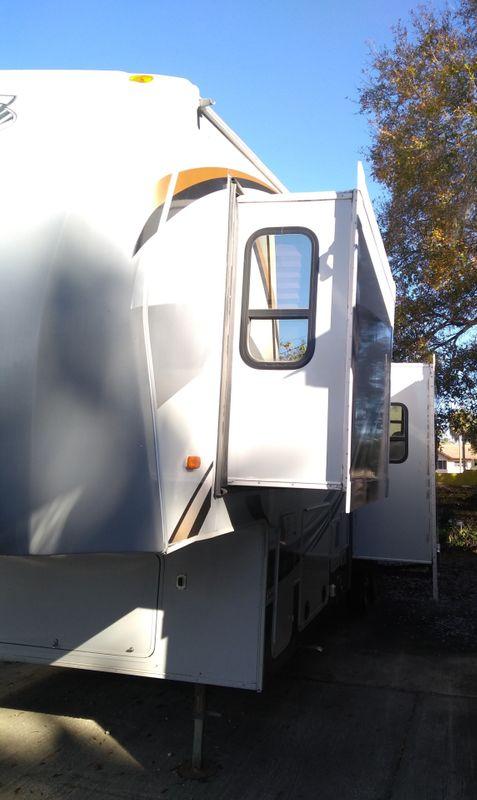 2011 Heartland Cyclone M-3010   city FL  Manatee RV  in Palmetto, FL