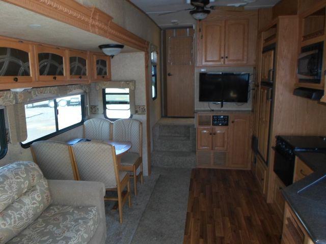 2011 Heartland Elk Ridge 29RLSB Salem, Oregon 6
