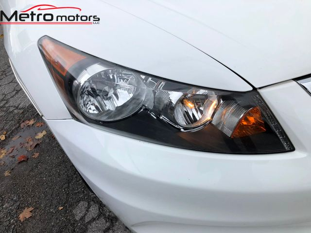 2011 Honda Accord LX-P Knoxville , Tennessee 4