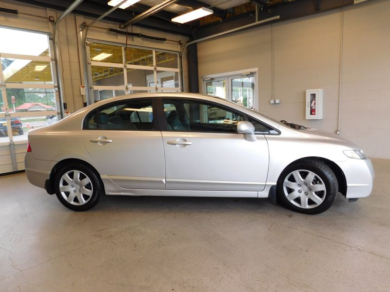 2011 Honda Civic LX  city TN  Doug Justus Auto Center Inc  in Airport Motor Mile ( Metro Knoxville ), TN
