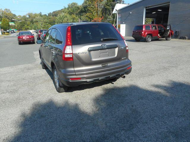 2011 Honda CR-V SE in New Windsor, New York 12553
