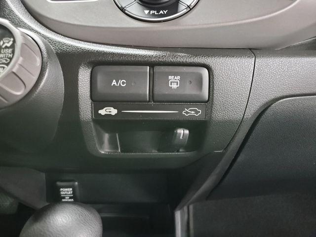 2011 Honda Fit Kensington, Maryland 38
