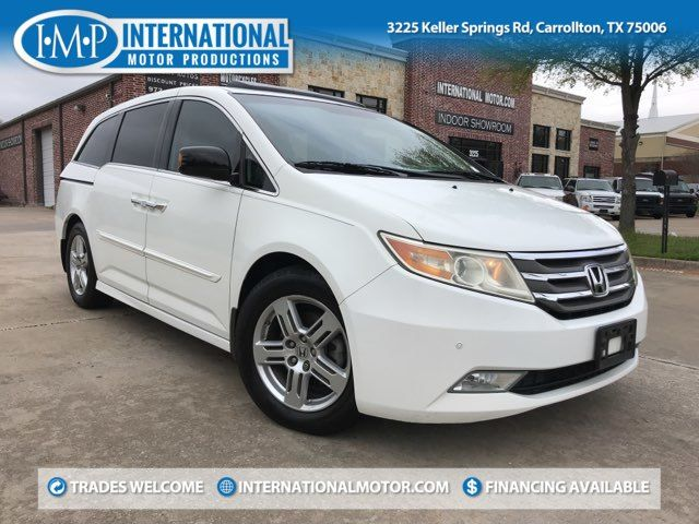 2011 Honda Odyssey Touring. ONE OWNER