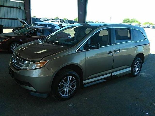2011 Honda Odyssey EX handicap wheelchair van side entry van
