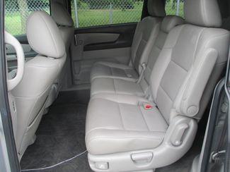 2011 Honda Odyssey Touring Farmington, MN 3