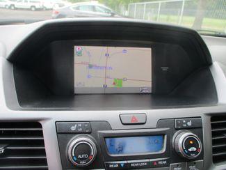 2011 Honda Odyssey Touring Farmington, MN 6