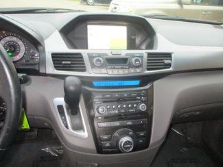 2011 Honda Odyssey Touring Farmington, MN 8