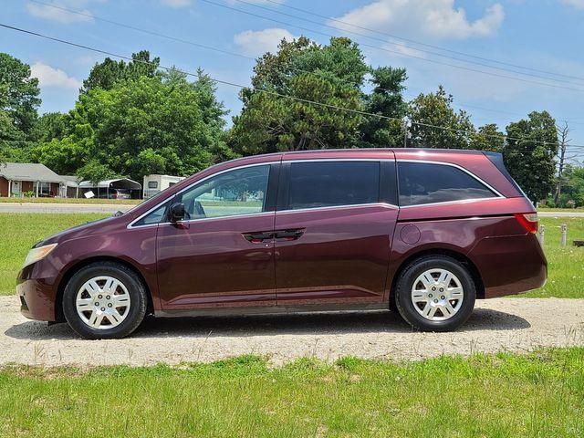 2011 Honda Odyssey LX in Hope Mills, NC 28348