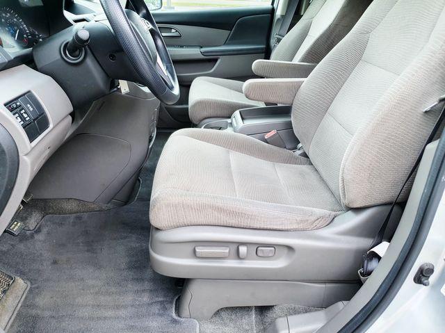 2011 Honda Odyssey EX 8-Passenger Power Sliding Doors in Louisville, TN 37777