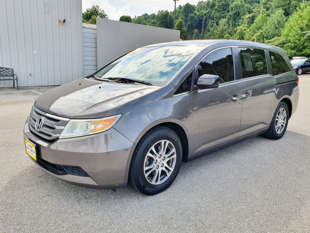 2011 Honda Odyssey EX-L DVD 8-Passenger Leather/Sunroof/Alloys in Louisville, TN 37777