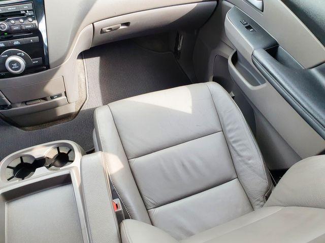 2011 Honda Odyssey EX-L DVD 8-Passenger Leather/Sunroof/Alloys in Louisville, TN 37777