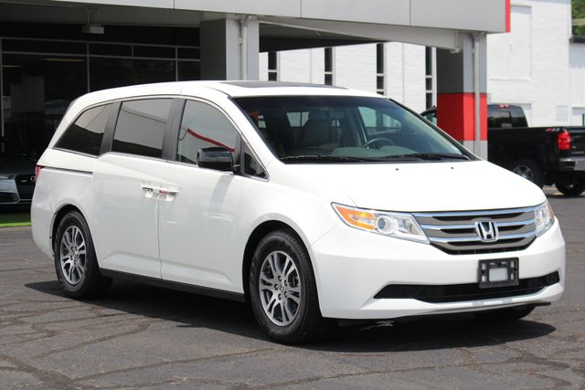 2011 Honda Odyssey EX-L W/ RES (REAR DVD ENTERTAINMENT) - SUNROOF! Mooresville , NC 22