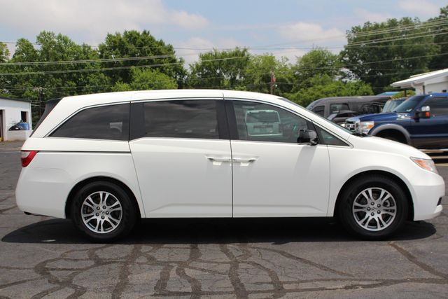 2011 Honda Odyssey EX-L W/ RES (REAR DVD ENTERTAINMENT) - SUNROOF! Mooresville , NC 15