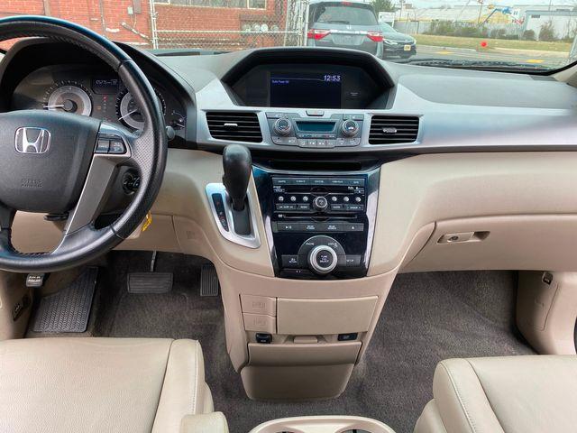 2011 Honda Odyssey EX-L New Brunswick, New Jersey 14