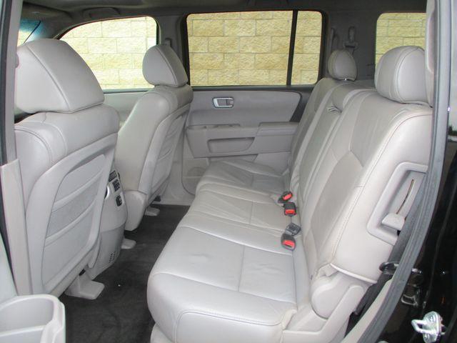 2011 Honda Pilot EX-L Farmington, MN 3
