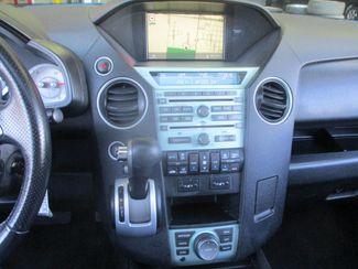 2011 Honda Pilot Touring Farmington, MN 4