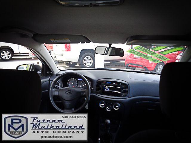2011 Hyundai Accent 3-Door GL Chico, CA 11