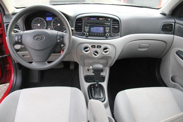 2011 Hyundai Accent GLS Santa Clarita, CA 7